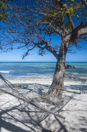 Hammock on the beach of a resort, Nacula Island, Yasawa, Fiji, South Pacific